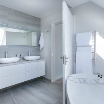 Decluttering The Bathroom - Ultimate Academy® Blog
