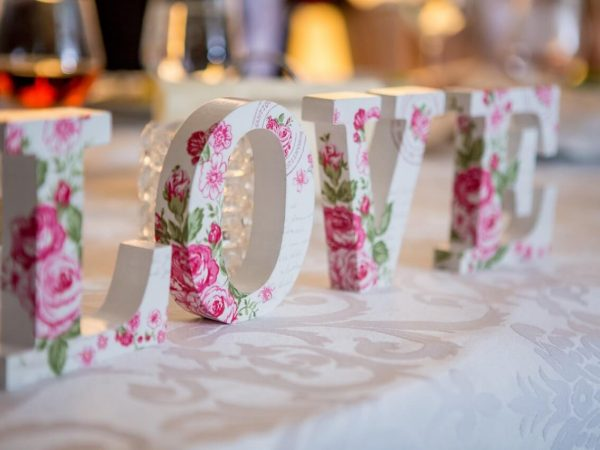 How to Plan the Perfect Anniversary Party - Wedding Planning