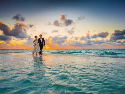 Should I Stay or Should I Go - Ultimate Academy® - Event & Wedding Planning Blog #2
